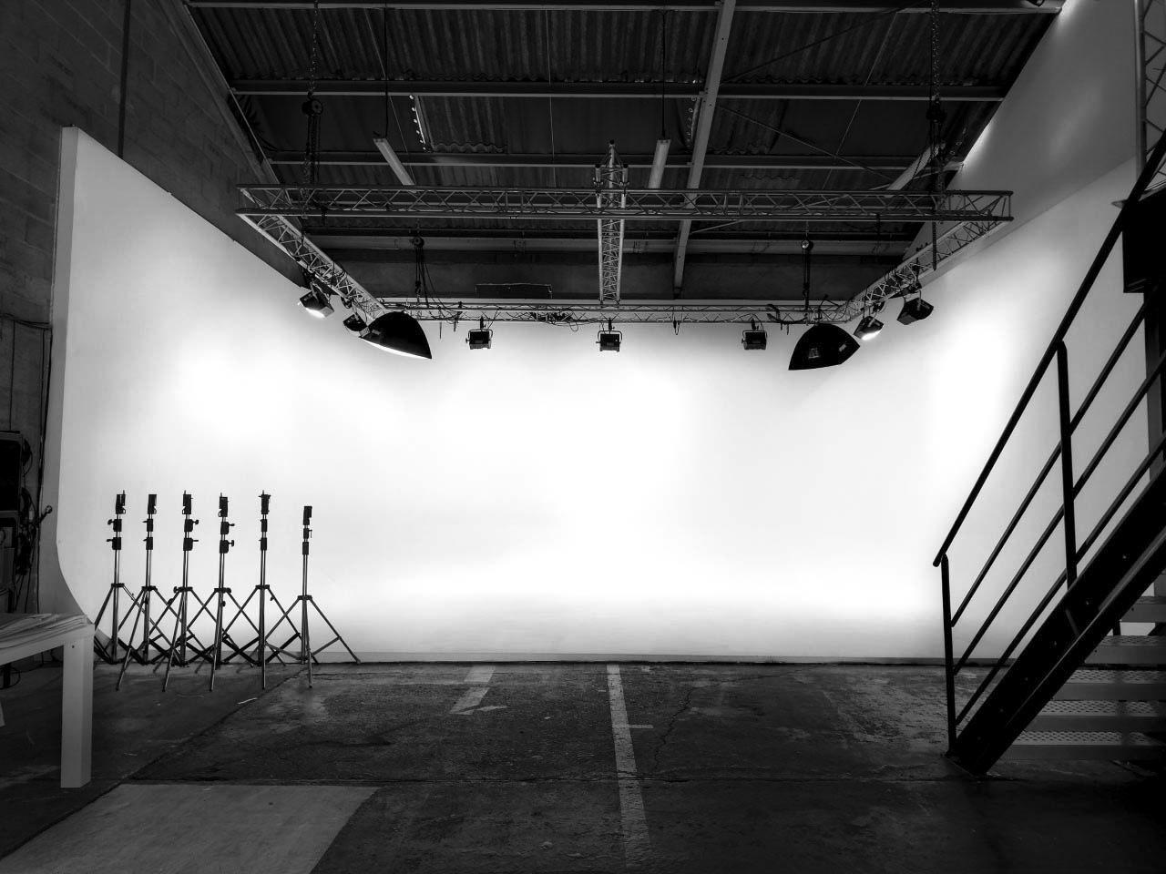Studio fond blanc